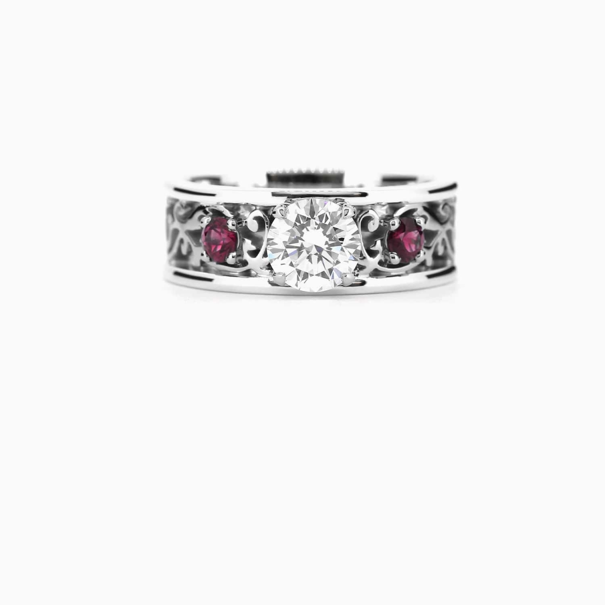 Royal Wide Filigree Ring With Gia Certificated Diamond And Ruby